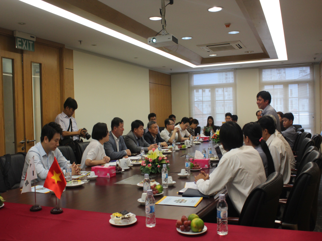 Company top leaders met with delegation from GSBC, Korea